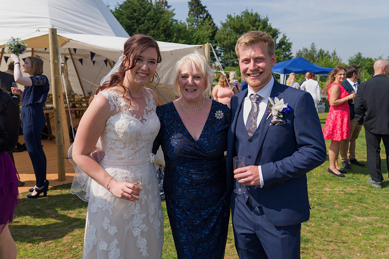 Tami and Sam – Shotley Vineyard, Suffolk – photo credit Nicholas Wallace